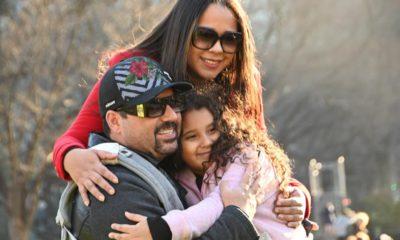 Edson com a afilhada Chloe Luzbet e a comadre Marcilia Luzbet
