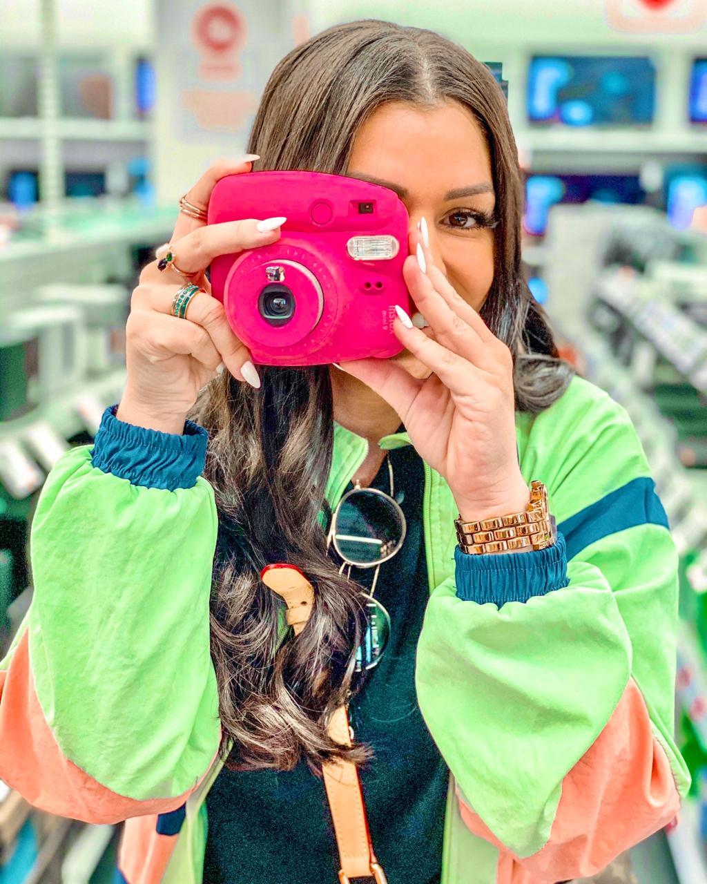 Josiele Cesino 04 - Influencer Josiele Cesino bomba no Instagram com lançamento de marca fitness